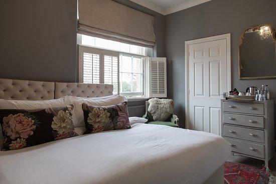 the lion inn winchcombe reviews